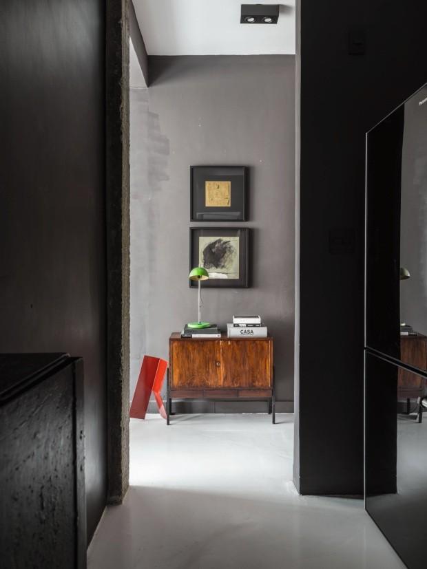 Apartamento de Paulo Azeco - Clima Noir (Foto: Christian Maldonado / Editora Globo)