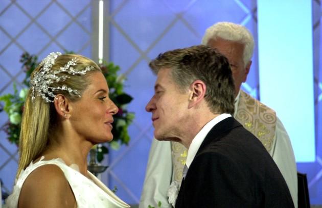 Falabella com Vera Fischer na novela 'Agora é que são elas', de 2003, na qual interpretou o prefeito corrupto Juca Tigre (Foto: João Miguel Júnior/TV Globo)