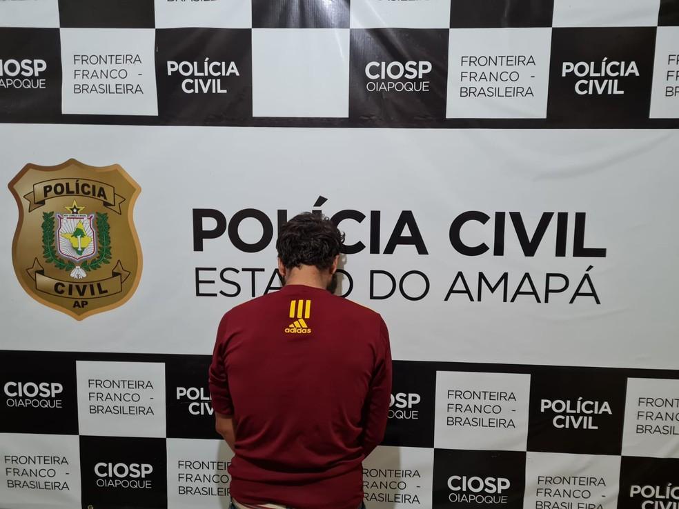 Homem em liberdade condicional foi flagrado em Oiapoque — Foto: Polícia Civil/Divulgação