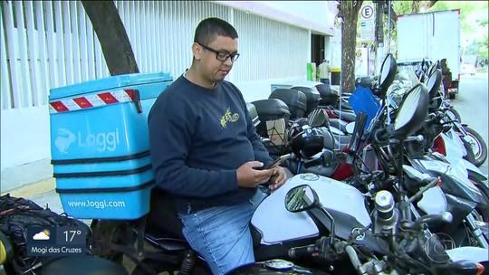 Duas empresas de entregas por aplicativo anunciam fim de bônus por número de viagens a motoboys em SP