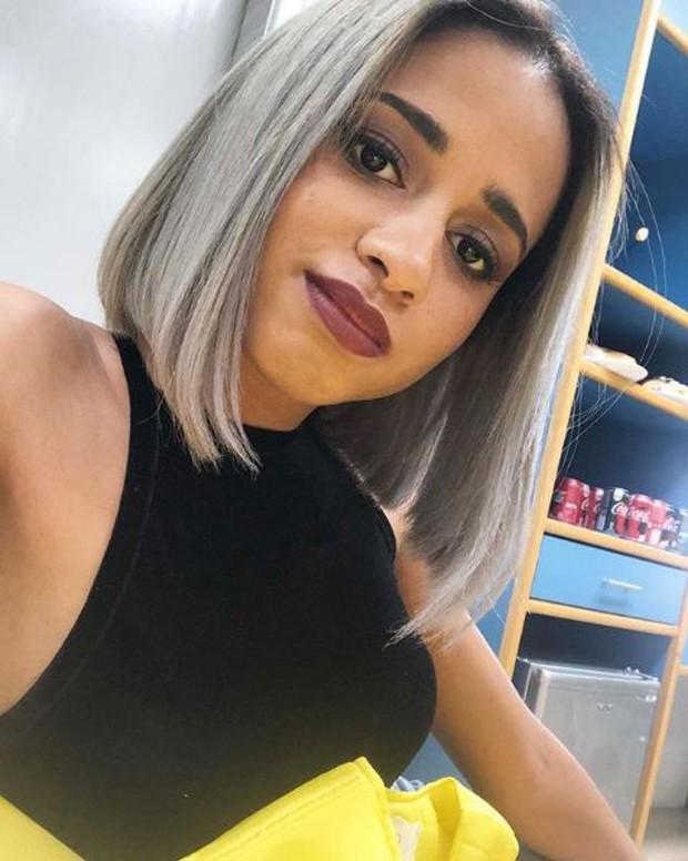 MC Loma com o cabelo platinado (Foto: Reprodução/Instagram)