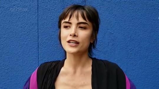 Maria Casadevall revela identificação com cabelo curtinho de sua personagem em 'Ilha de Ferro'