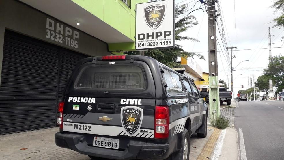 Homem foi preso após investigação da DHPP — Foto: Julianne Barreto/Inter TV Cabugi