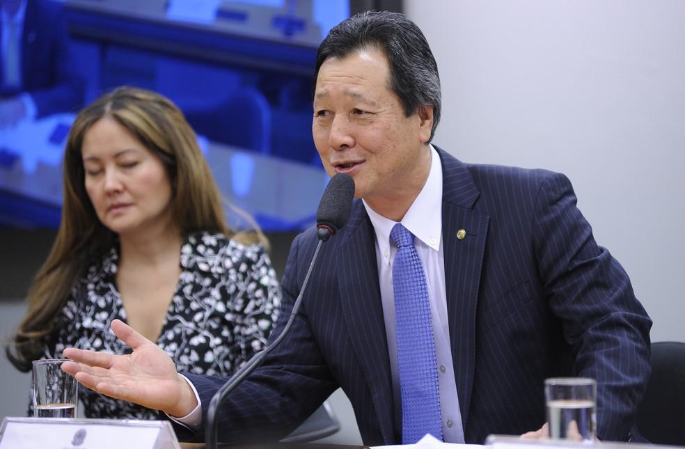 O deputador Luiz Nishimori (PR-PR) relator do projeto sobre agrotóxicos (Foto: Lucio Bernardo Jr. / Câmara dos Deputados)