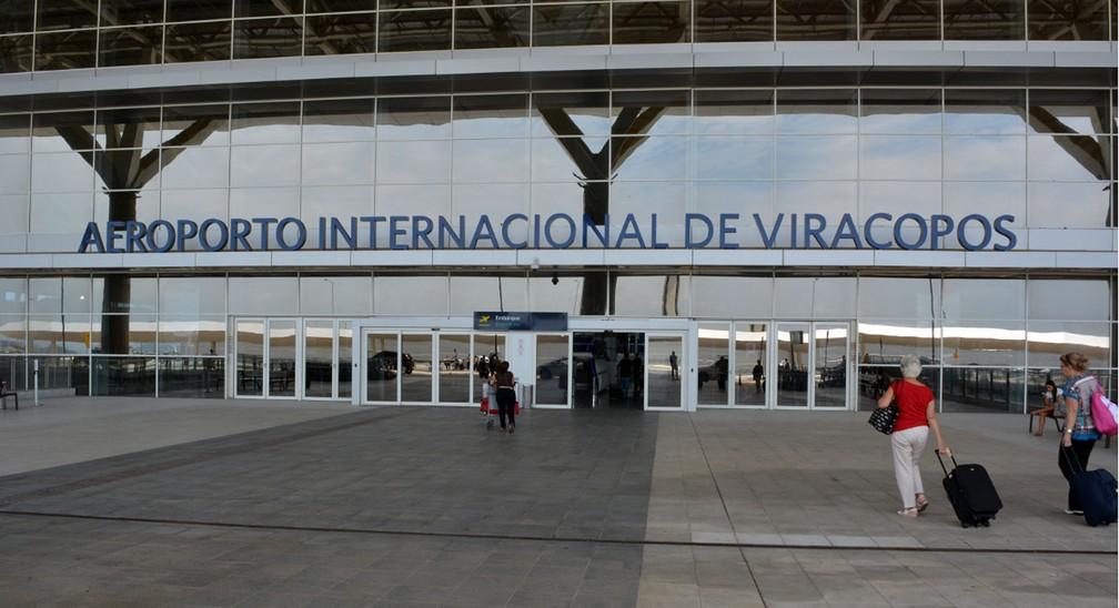 Entrada da área de embarque do Aeroporto Internacional de Viracopos (Foto: Luciano Calafiori)