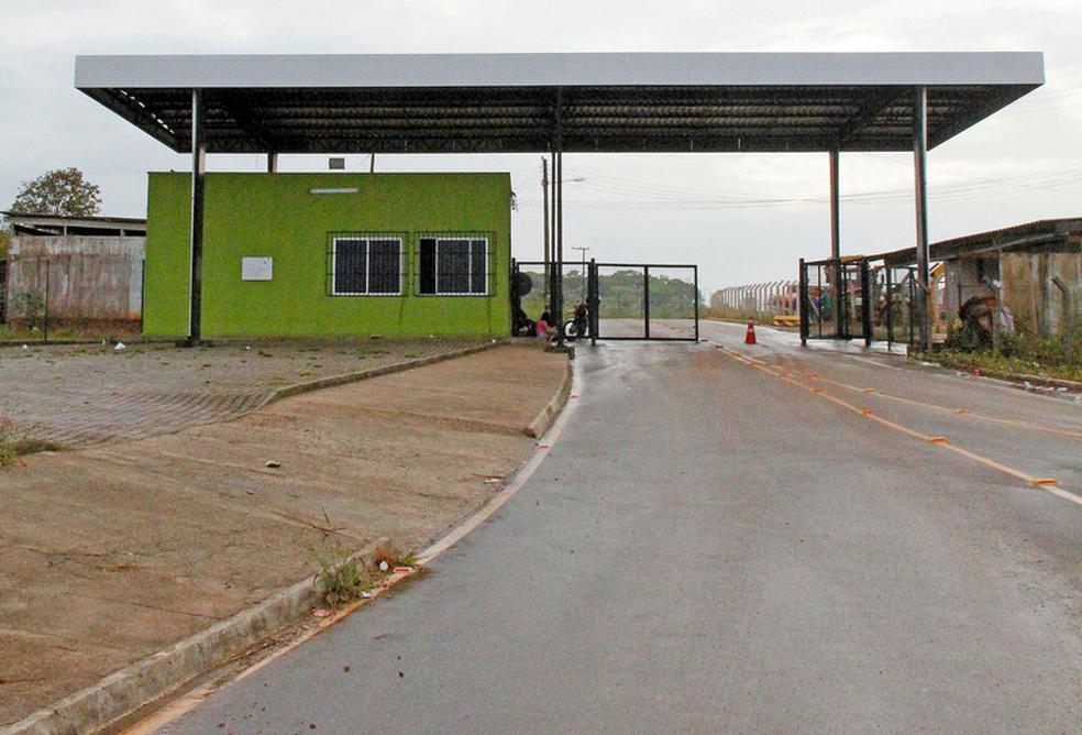 Autor da mensagem identifica a localização em postou a mensagem, o complexo presidiário na Grande Fortaleza (Foto: TV Verdes Mares/Reprodução)
