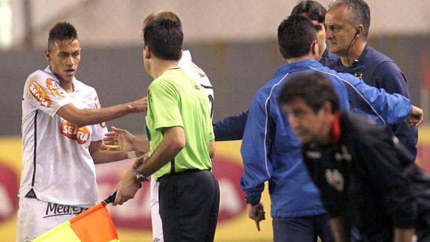 Dorival Júnior perdoa Neymar por incidente: O assédio era absurdo