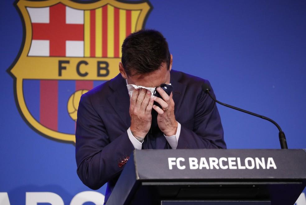 Messi entrevista coletiva despedida Barcelona chora emocionado - Albert Gea/Reuters