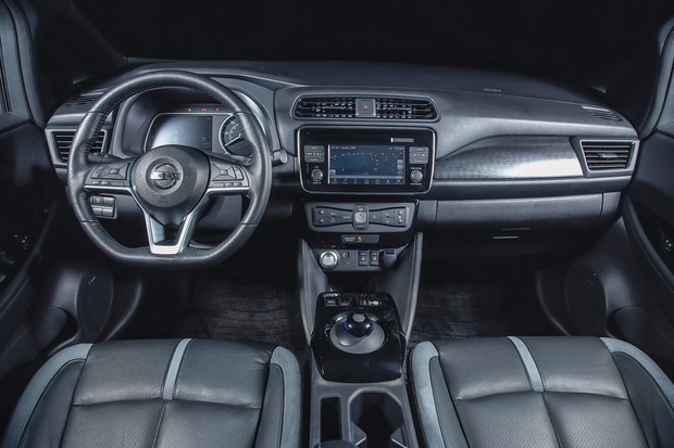 Nissan Leaf (Foto:  Fabio Aro/Autoesporte)