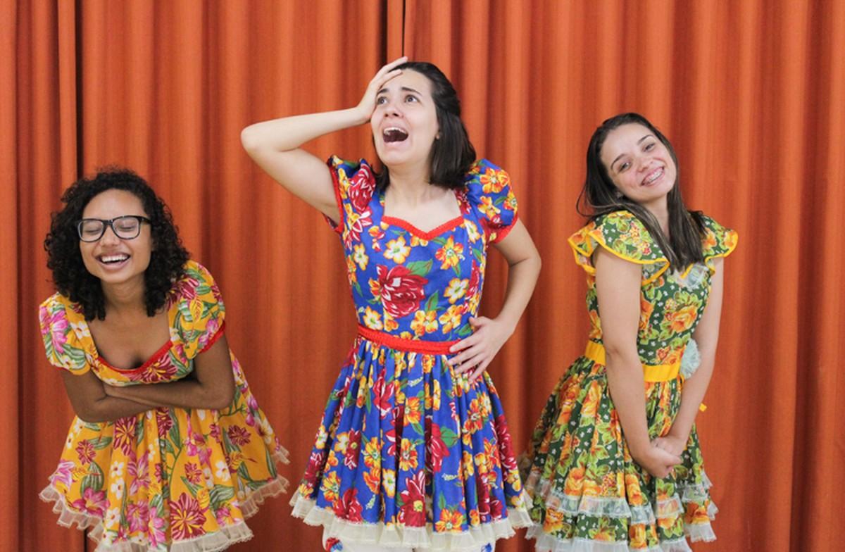 Espetáculo 'Luna Clara e Apolo Onze' é atração deste fim de semana no Teatro Trianon, em Campos, no RJ