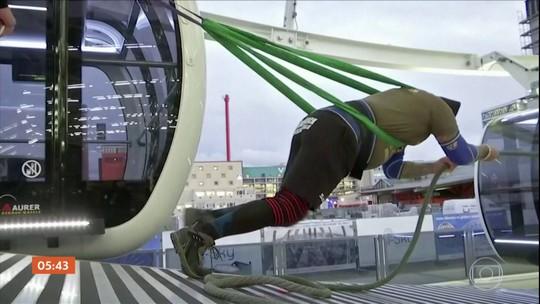 Atleta da austríaco quebra recorde ao fazer roda gigante girar com a força do corpo