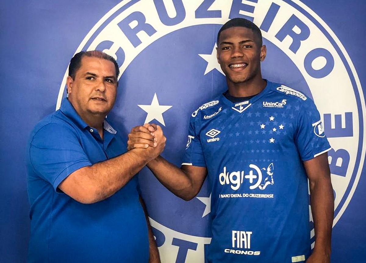 Cruzeiro Contrata Balotelli Atacante Que Estava No Rival Para A Categoria Sub 20 Cruzeiro Ge
