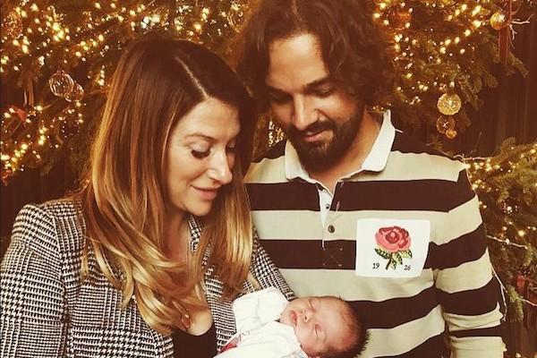 A irma de David Beckham, Joanne, com seu ex e a filha (Foto: Instagram)