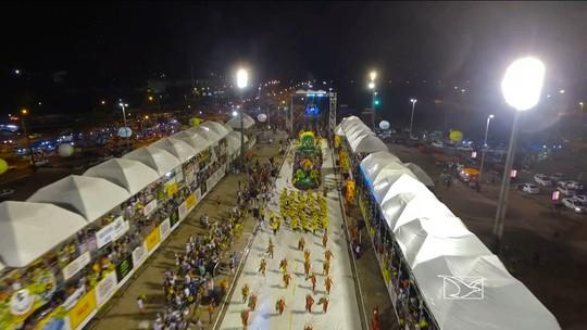Homenagens de escolas de samba marcam 5ª noite do Carnaval no MA