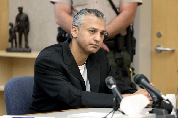 O ator Shelley Malil, condenado à prisão perpétua por esfaquear a namorada, ganhou liberdade condicional (Foto: Getty Images)