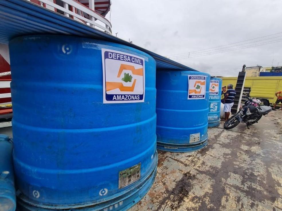 Seis estações do Projeto Água Boa e uma Estação de Tratamento de Água Móvel (ETAM) foram enviadas para abastecimento de água potável em Anamã. — Foto: Divulgação/Defesa Civil