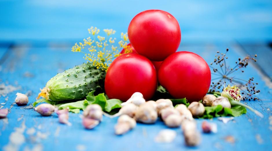 Aposte em pequenas porções de comida para controlar a fome (Foto: ThinkStock)