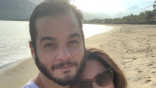 Fátima Bernardes comenta uso de aliança com Túlio Gadêlha: 'Representa uma ligação'
