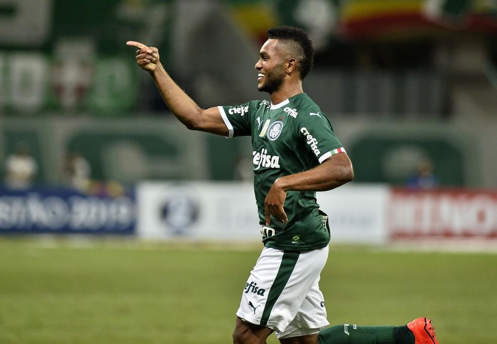 Borja deve comandar o ataque do Palmeiras no clássico contra o São Paulo — Foto: Marcos Ribolli