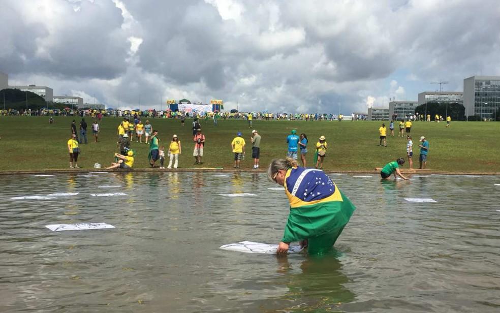 Manifestações a favor da Lava Jato e contra a corrupção ocorrem neste domingo, Guarulhos Gng