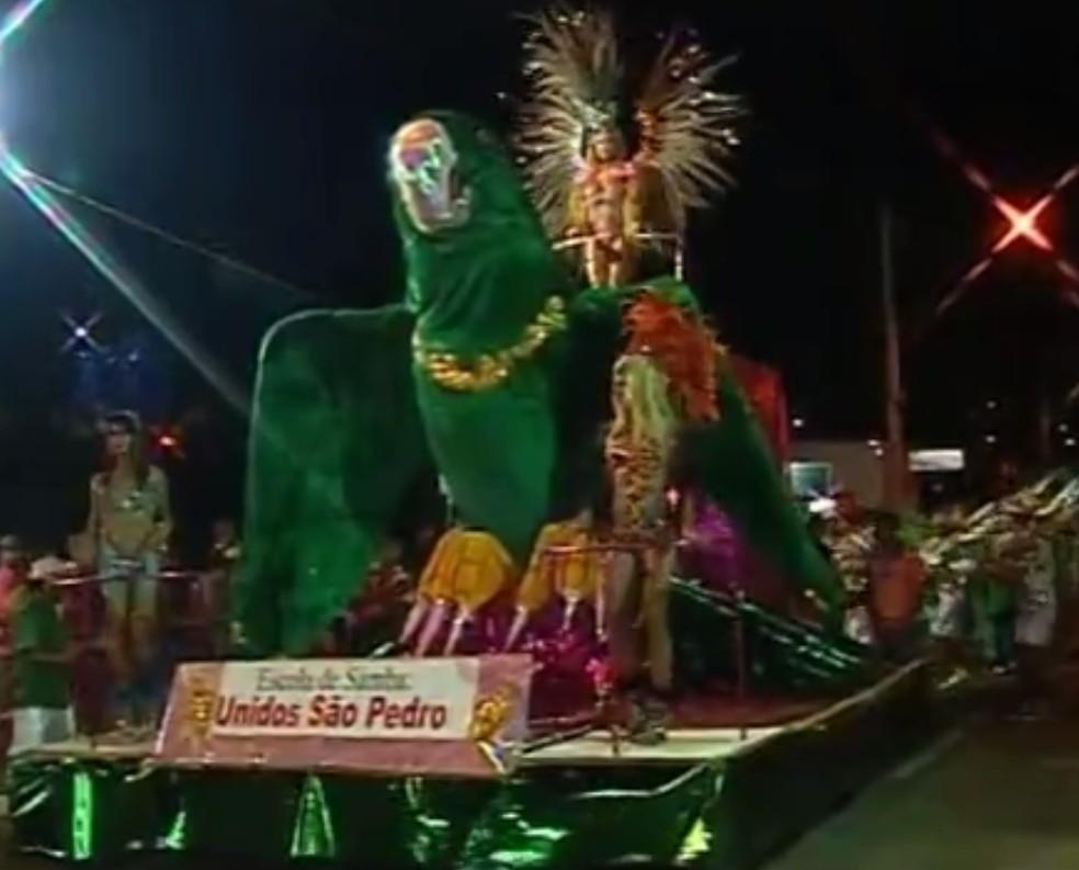 -  De acordo com Prefeitura, não haverá carnaval de rua em 2018 devido a corte de gastos  Foto: Reprodução/TV Integração