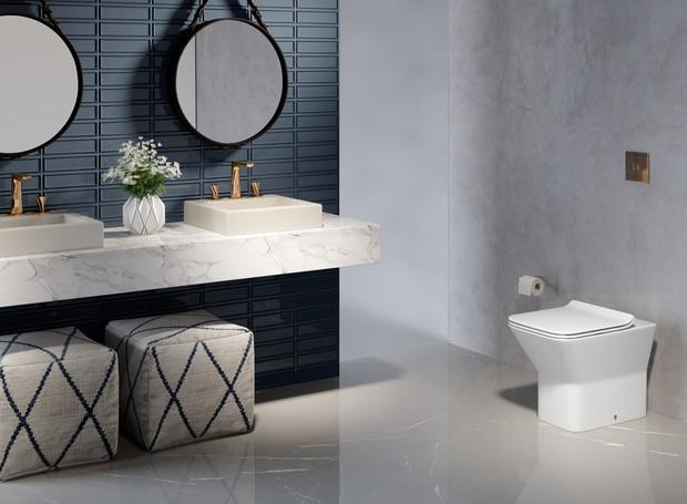 Neste banheiro, a nova cor Vanilla aparece na Cuba L.737 Plug&Play. Quanto aos metais do ambiente, a cor de destaque é o Red Gold (no Misturador DK e na válvula Slim). A bacia é a Convencional Living (Foto: Divulgação)