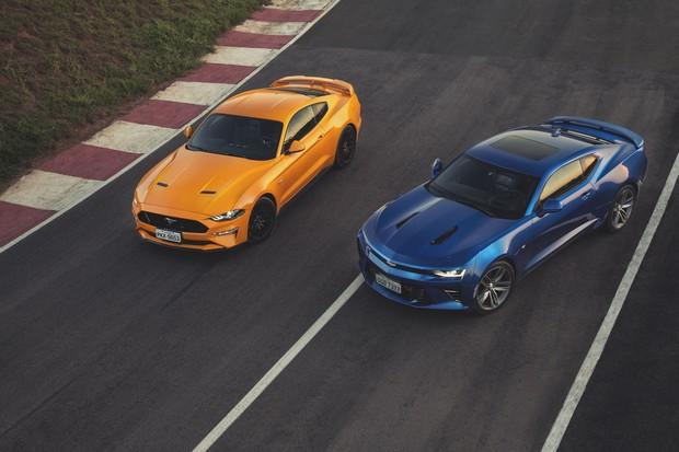 Mustang GT versus Camaro SS (Foto: Fabio Aro/Autoesporte)