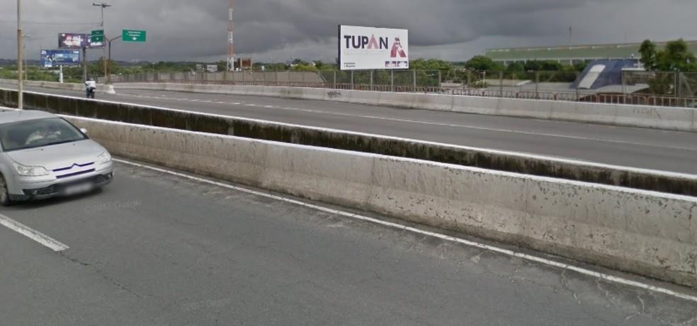 Viaduto Tancredo Neves fica na Zona Sul do Recife (Foto: Reprodução/ Google Street View)