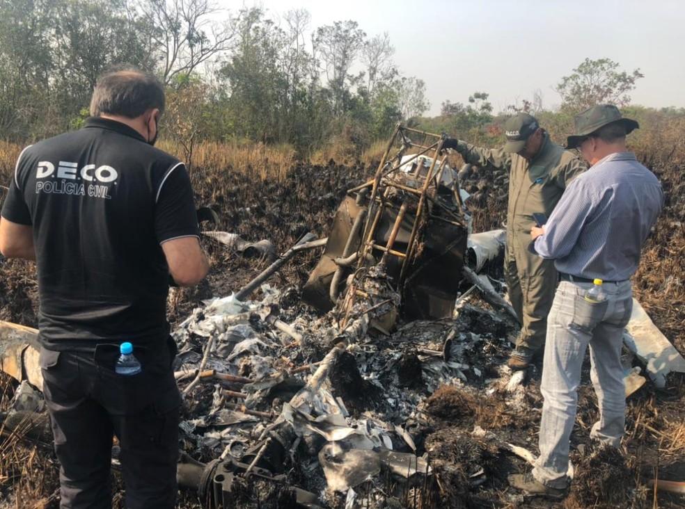 Destroços do helicóptero que caiu em MS  — Foto: PC