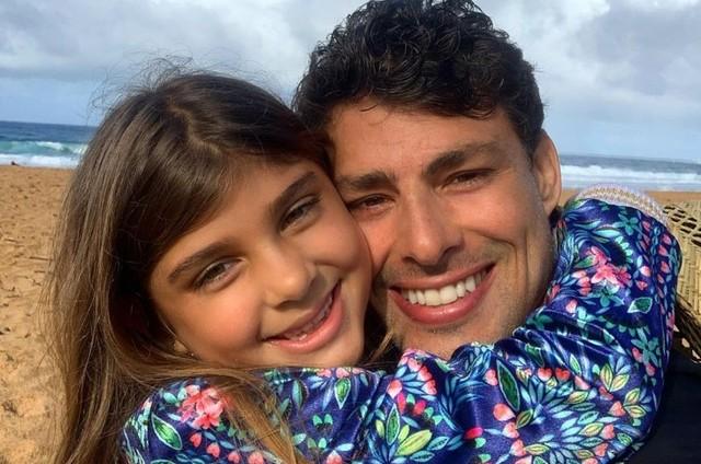 Sofia e Cauã Reymond (Foto: Reprodução)