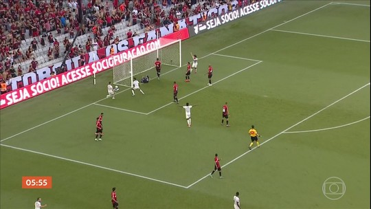 Flamengo quebra tabu de cinco décadas contra o Athlético-PR