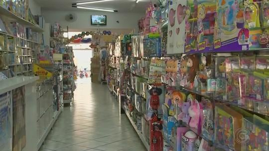 Dia das Crianças e Natal já fazem indústrias de brinquedos contratarem funcionários em Laranjal Paulista