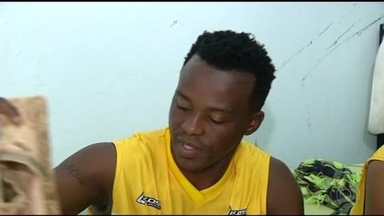 Jogador da Costa do Marfim busca espaço no Sparta; veja vídeo