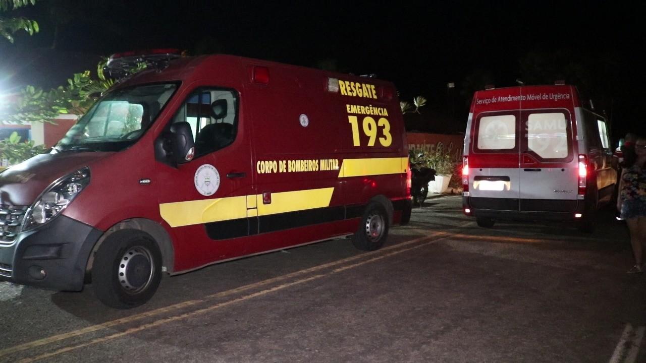 Mulher fica presa às ferragens após carro tombar durante colisão na Zona Leste de Teresina