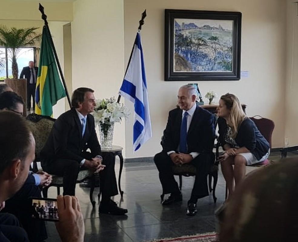 Jair Bolsonaro e Benjamin Netanyahu se encontram no Forte de Copacabana, no Rio de Janeiro — Foto: Reprodução