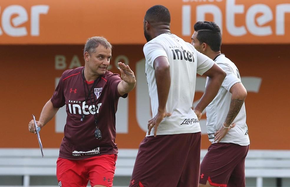 Jucilei tem 18 jogos com Diego Aguirre no comando do São Paulo (Foto:  Rubens Chiri / saopaulofc.net )