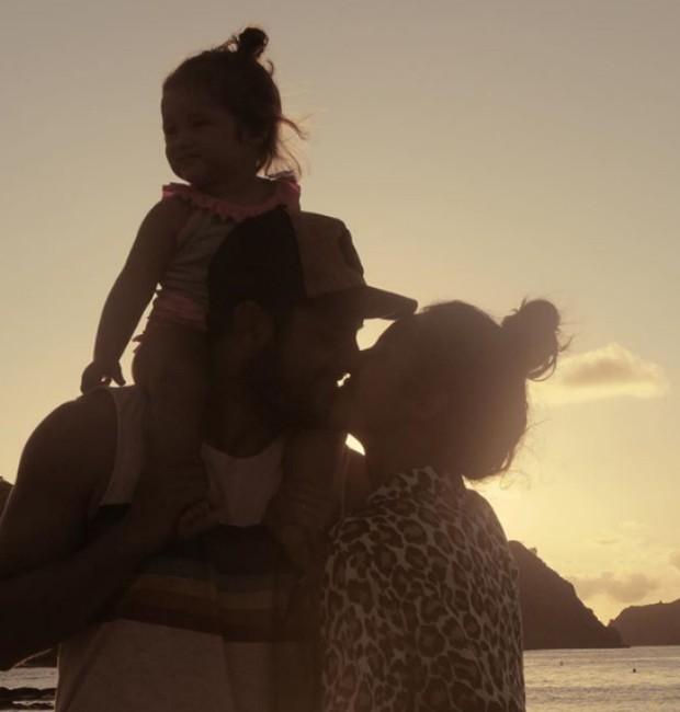 Bruno Gissoni e família (Foto: Reprodução/Instagram)