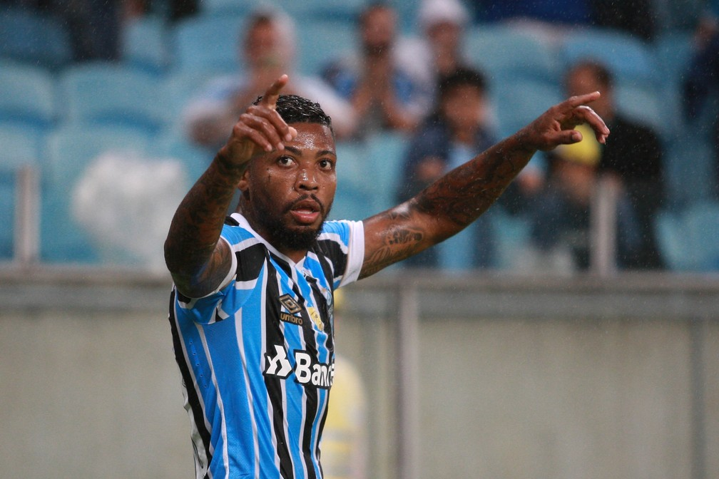 Marinho é o novo atacante do Santos — Foto: EVERTON SILVEIRA/AGÊNCIA FREE LANCER/ESTADÃO CONTEÚDO