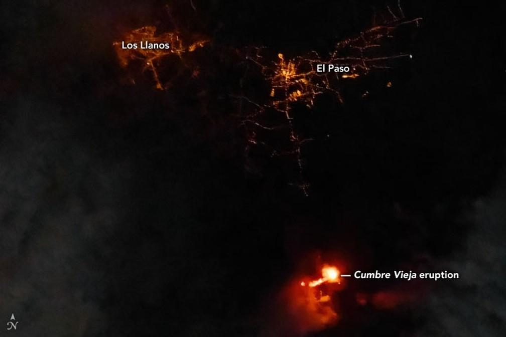 MAIS PERTO: Imagem feita pelo Landsat 8 em 22 de setembro à noite em La Palma, na Espanha  — Foto: Landsat 8/Earth Observatory/Nasa