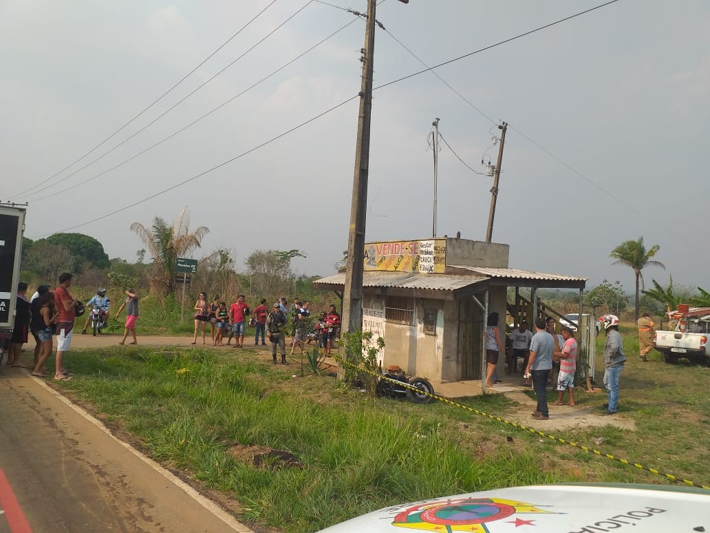 Funcionário da Eletroacre morre após bater motocicleta em poste no Acre  - Notícias - Plantão Diário
