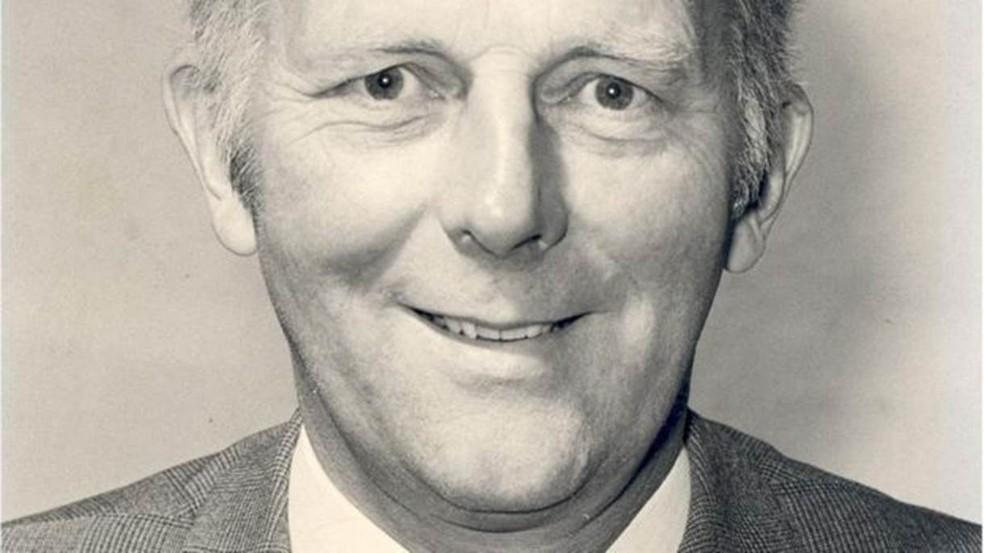 Stewart Adams passou toda sua carreira na Boots, pesquisando e desenvolvendo — Foto: Boots UK