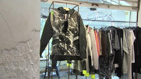 Empresários transformam pipas de kitesurf em jaquetas esportivas