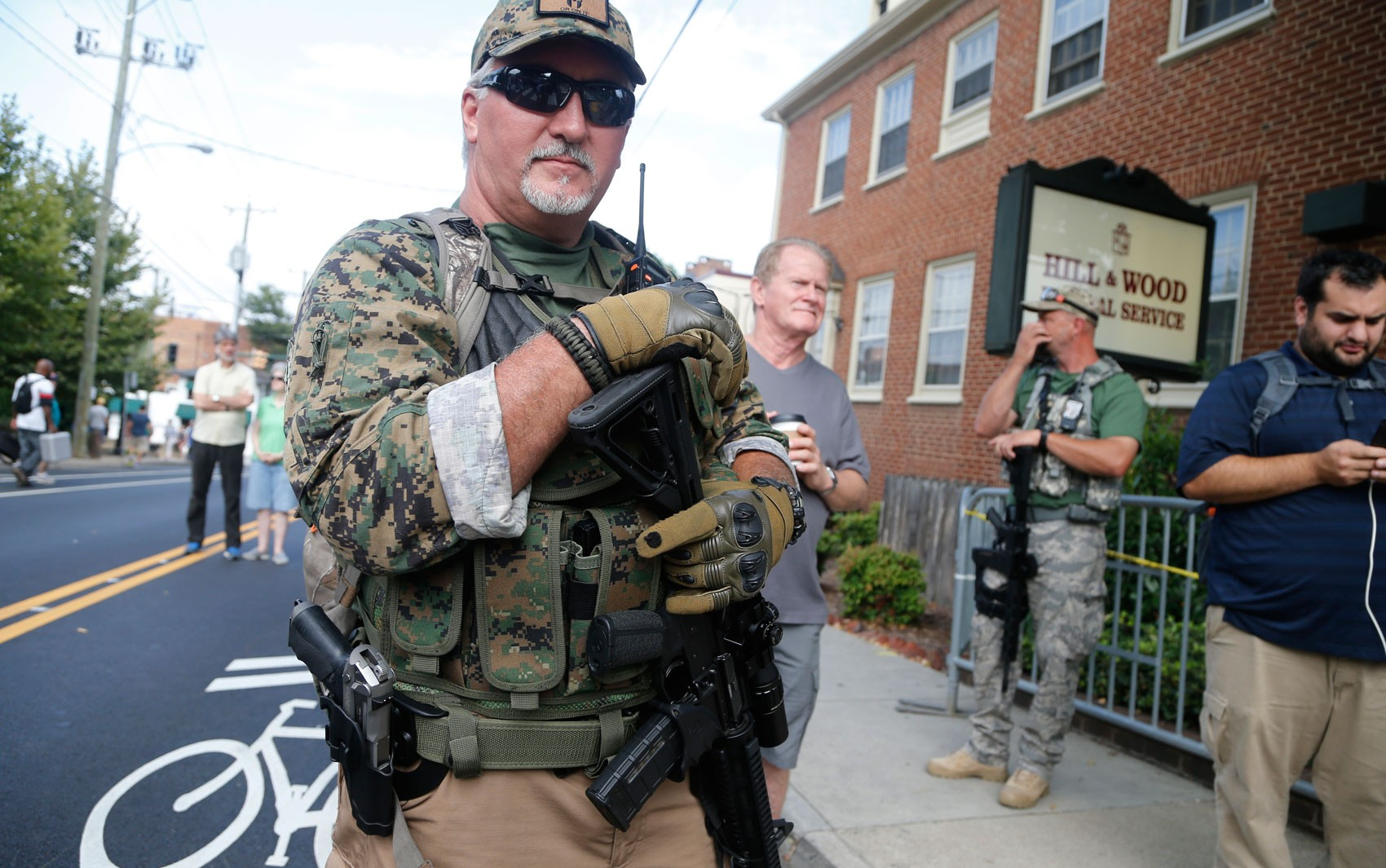 Quem são os 165 grupos paramilitares que atuam nos Estados Unidos