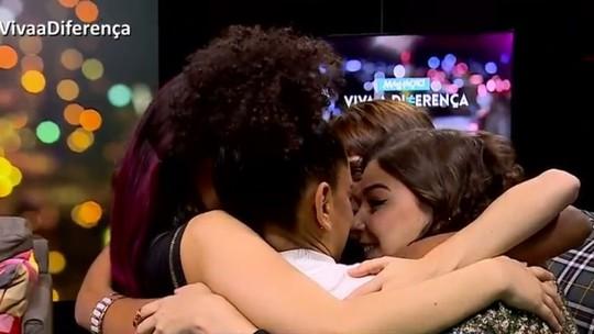 Elenco, diretor e autor vão às lágrimas na estreia de 'Malhação'