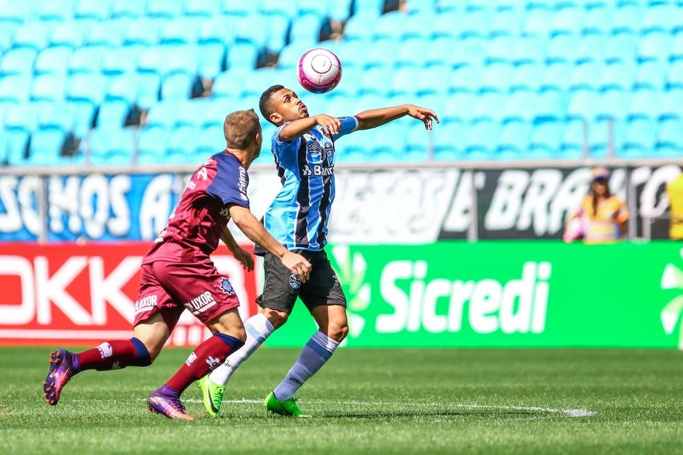 Lima teve atuação abaixo à dos demais homens de frente (Foto: Lucas Uebel/Grêmio/Divulgação)