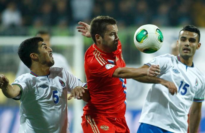 Allahverdiyev azerbaijão e Abishov Rússia eliminatórias (Foto: Agência Reuters)