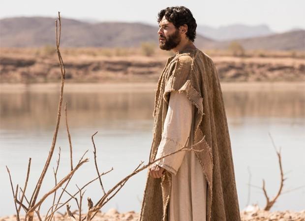 Dudu Azevedo é o protagonista de Jesus, novela da Record (Foto: Edu Moraes/ Record TV)