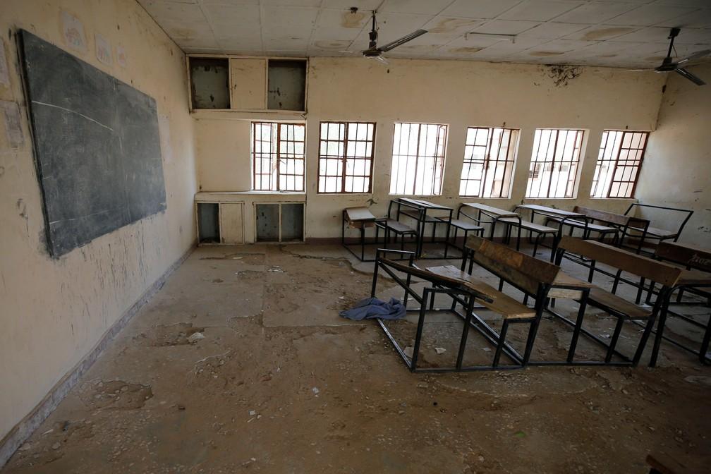 Foto mostra sala de aula vazia nesta sexta-feira (23) em escola de Dapchi, na Nigéria (Foto: Afolabi Sotunde/Reuters)