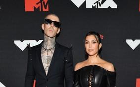 Tudo sobre o noivado de Kourtney Kardashian e Travis Barker
