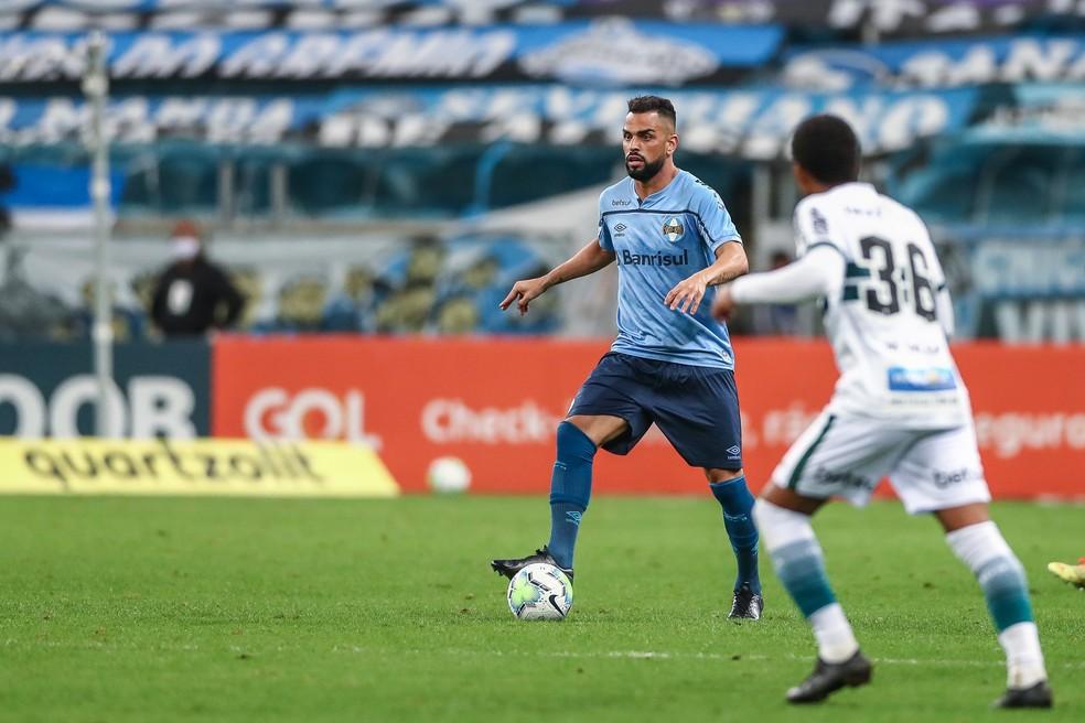 Maicon voltou a jogar contra o Coritiba — Foto: Lucas Uebel/Grêmio